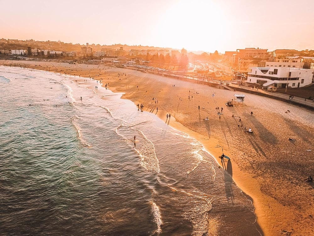 bondi-beach-sunset-where-to-rent-in-Sydney