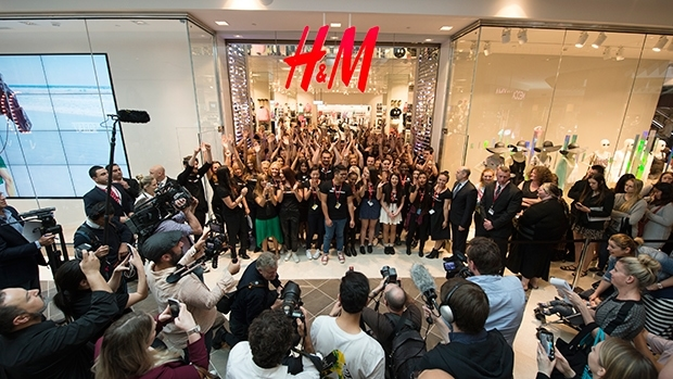 HM-store-opening-Macquarie-Centre