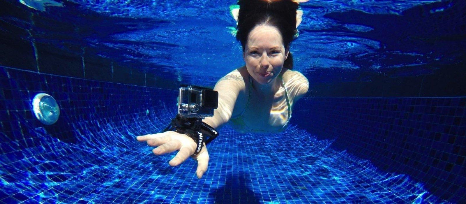 Kelly-Ella-Maz_GoPro-Accessories-2-1600x700_1
