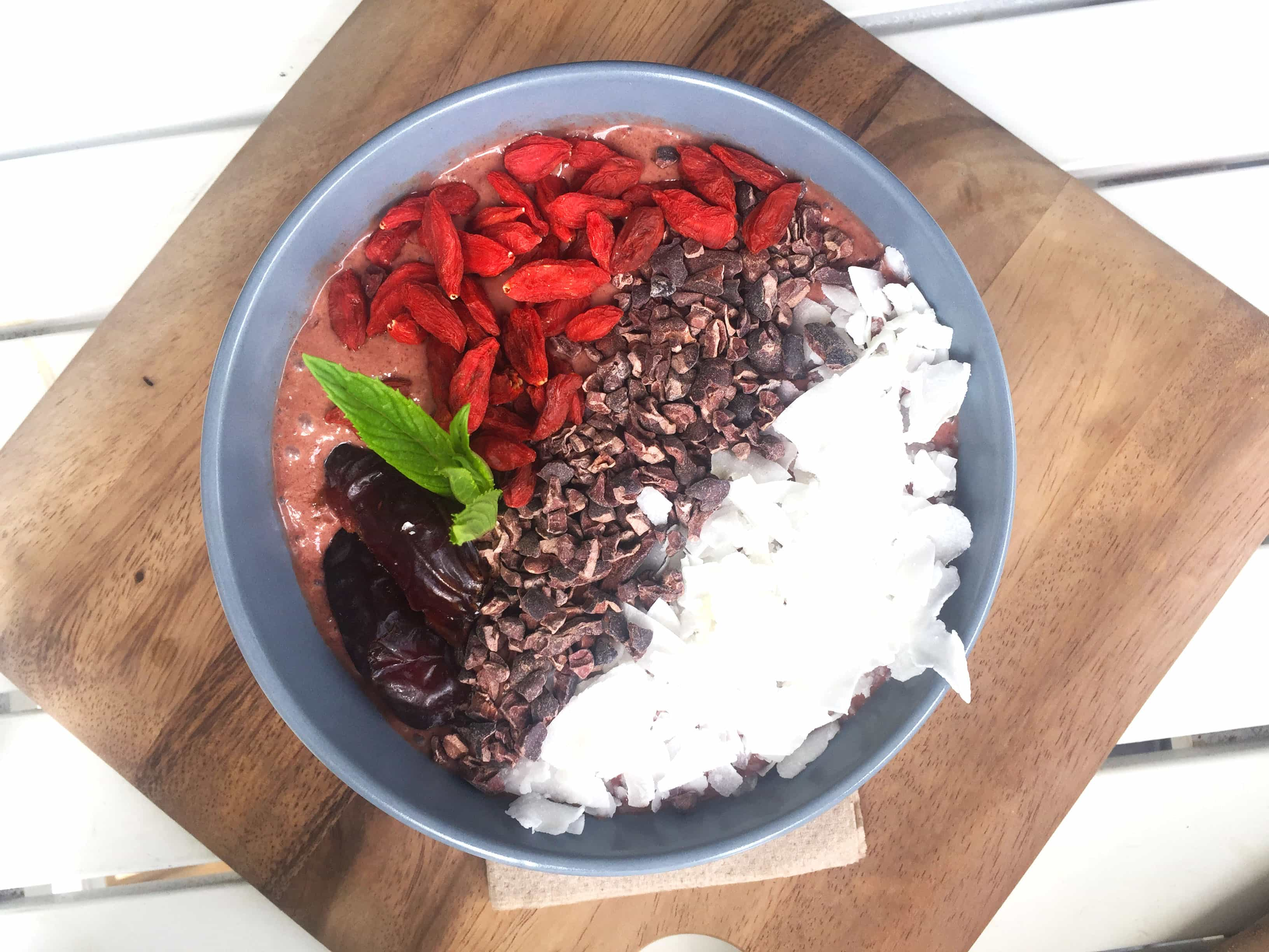proteini smoothie bowl