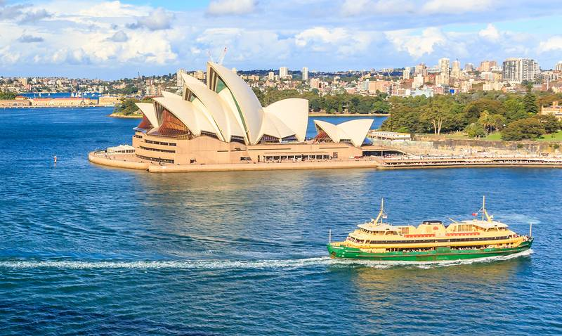 Opera_House_and_Manly_Ferry-large