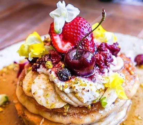 speedos-cafe-vegan-pancakes
