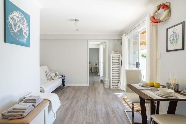 avoca-beach-accommodation-airbnb