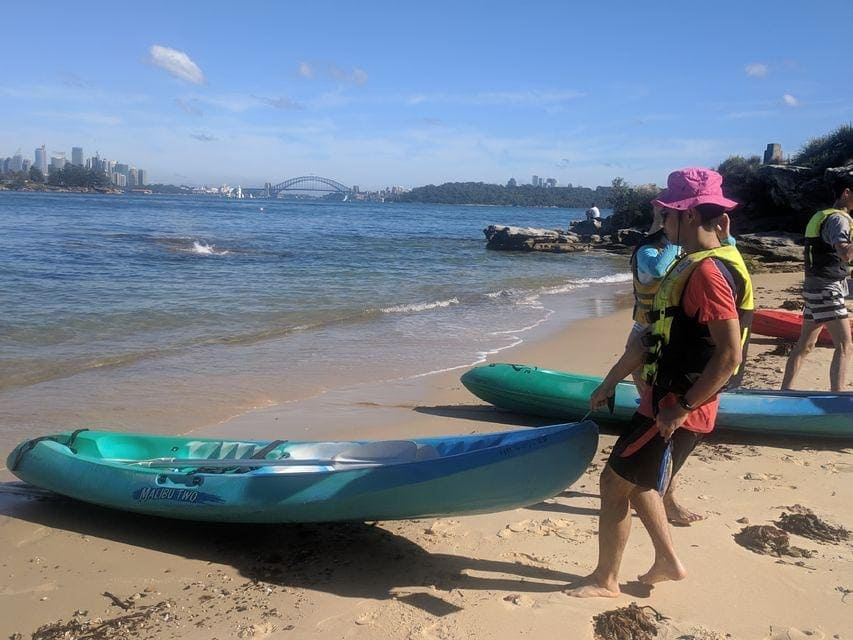 kayaking-on-sydney-harbour