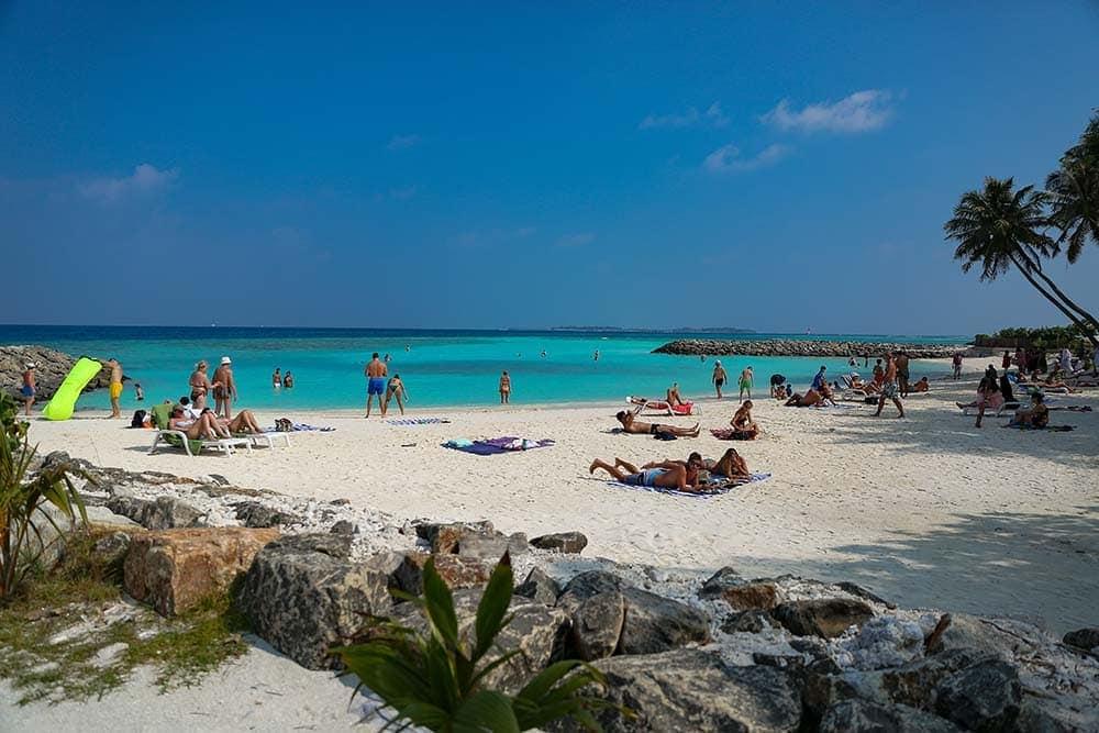 Maafushi-island-maldives-bikini-beach