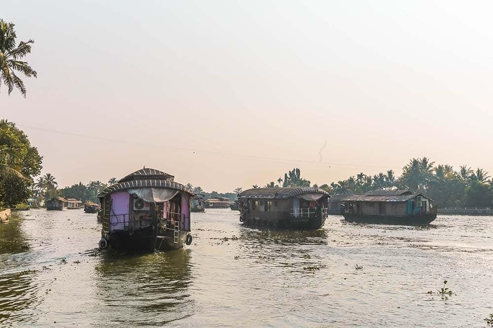alleppey-kerala-backwaters-india