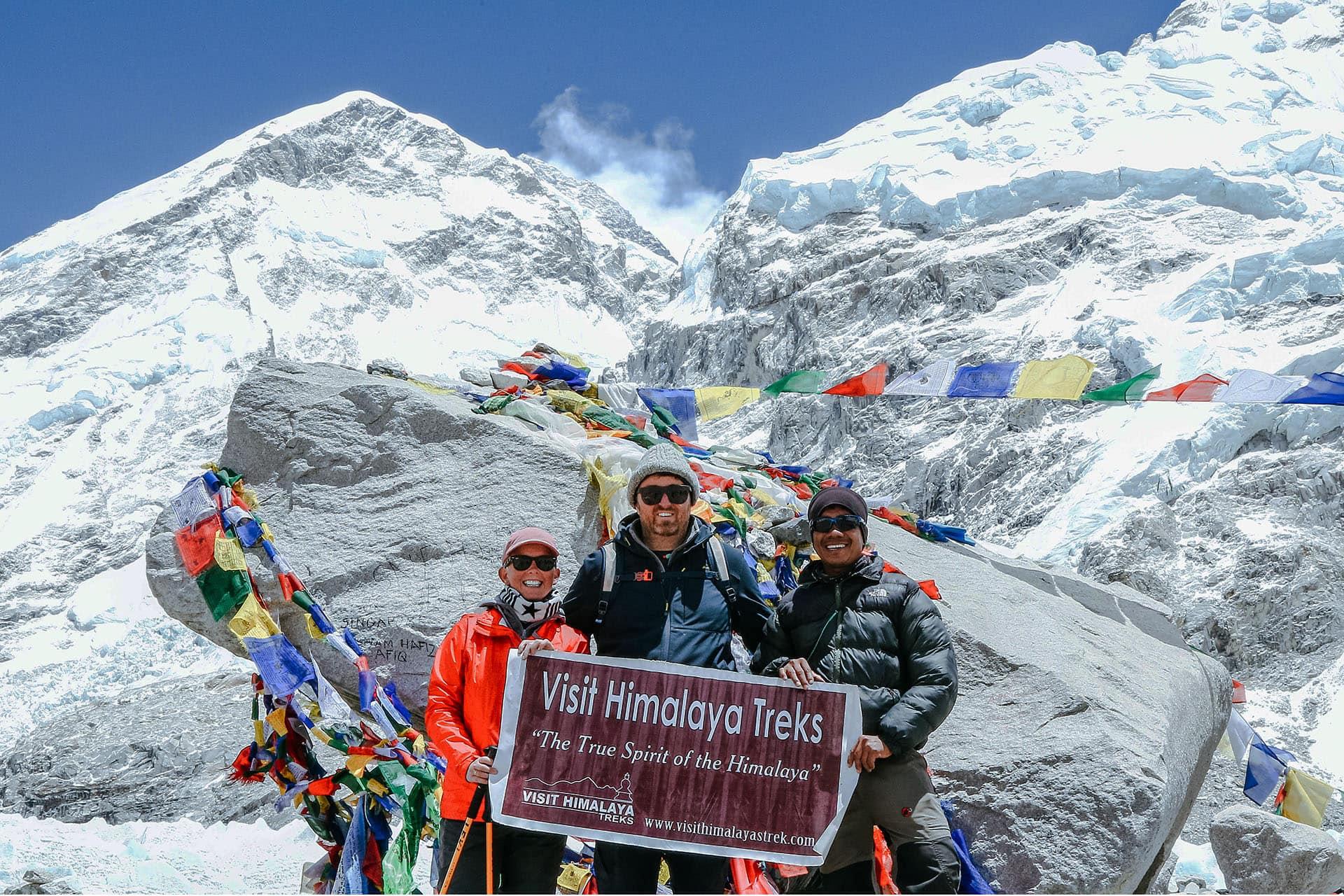 9 Reasons To Book Everest Base Camp Trek With Visit Himalaya Treks