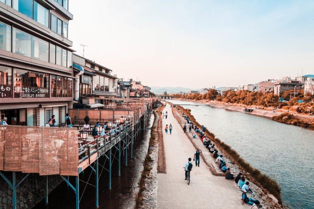 kyoto-river-side
