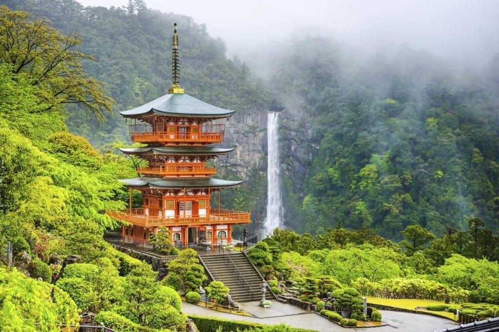 nachi-waterfalls-japan
