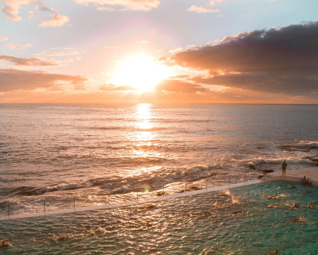 Bondi-beach-sunrise