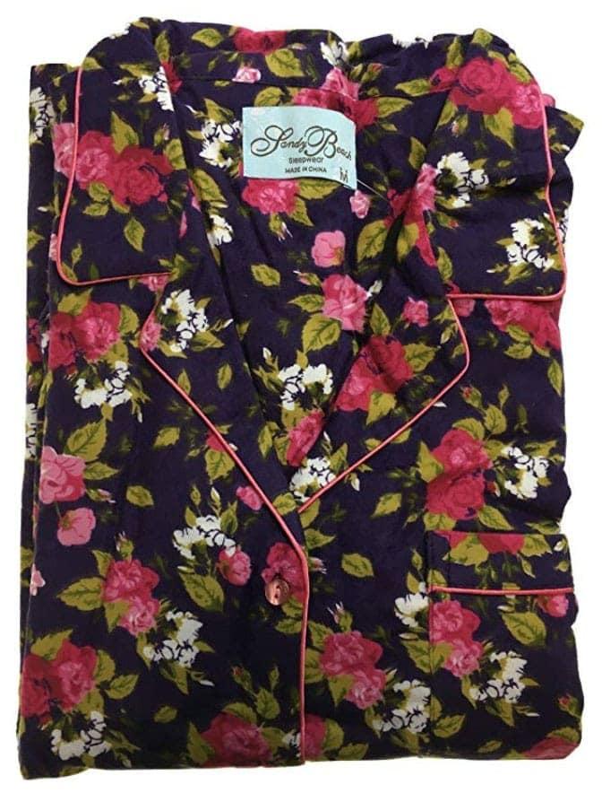 norway-clothing-warm-pyjamas-tromso-packing-list