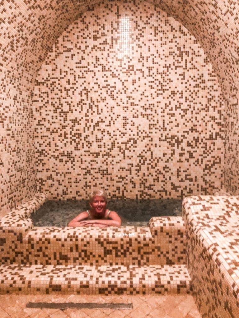 inside-top-sulphur-bath-tbilisi