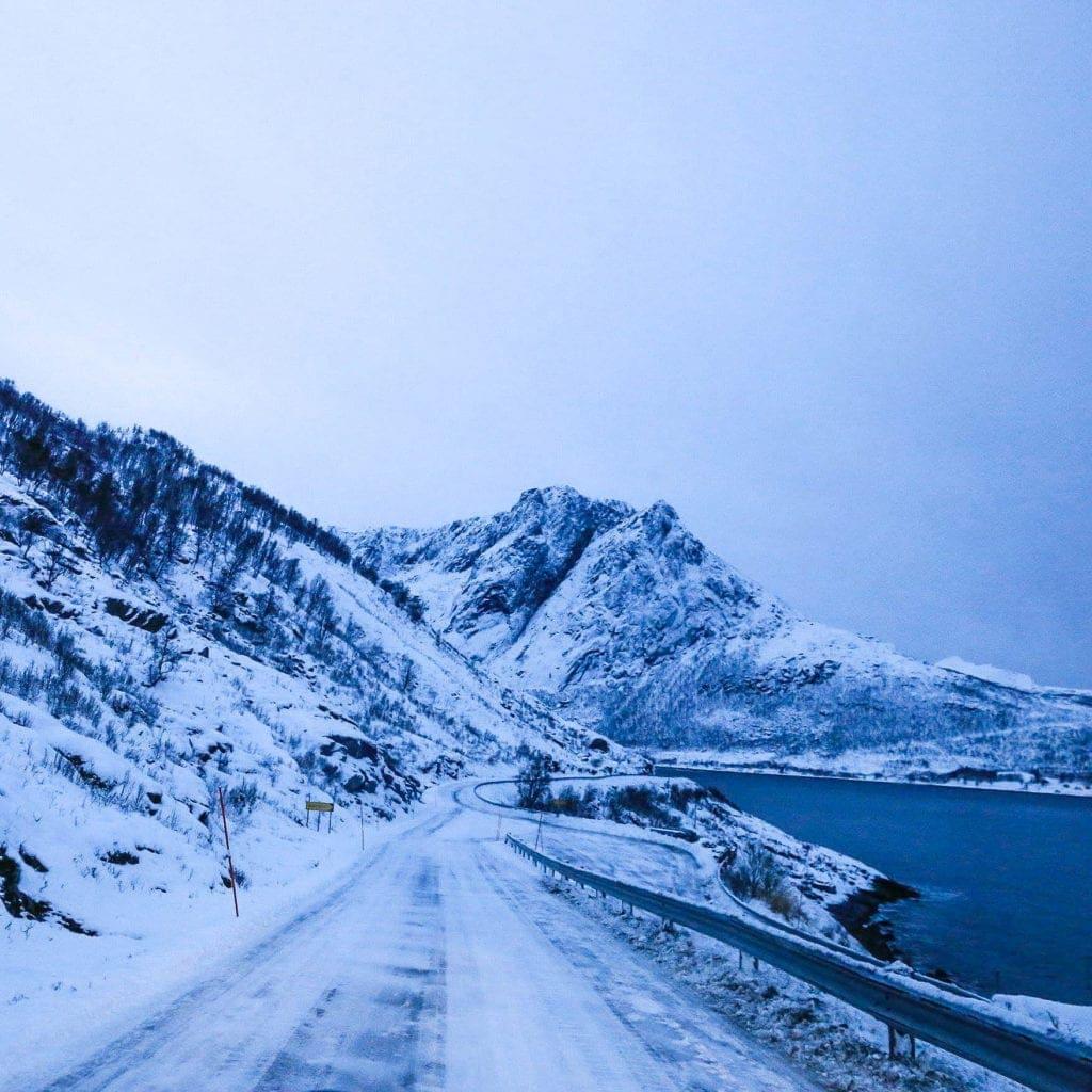 tromso-fjord-bus-tour