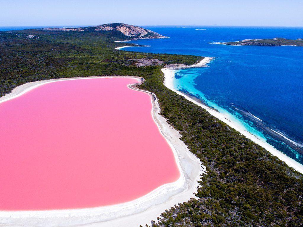 lake-hillier-western-australia