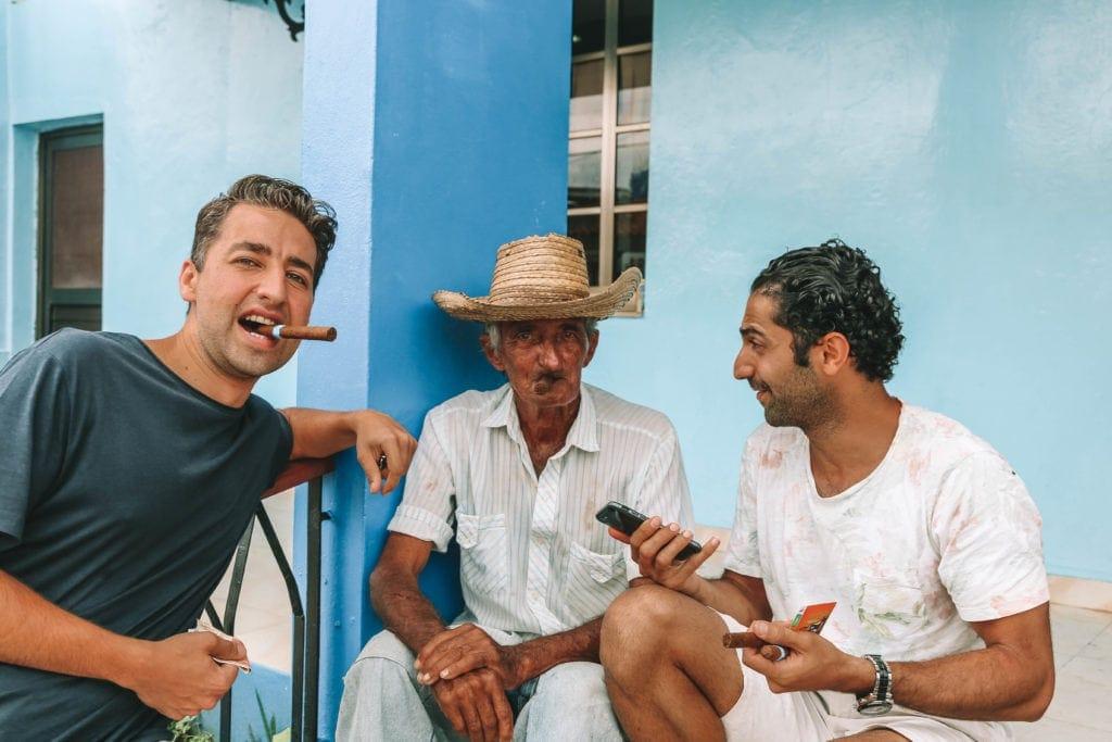 tourists-in-cuba