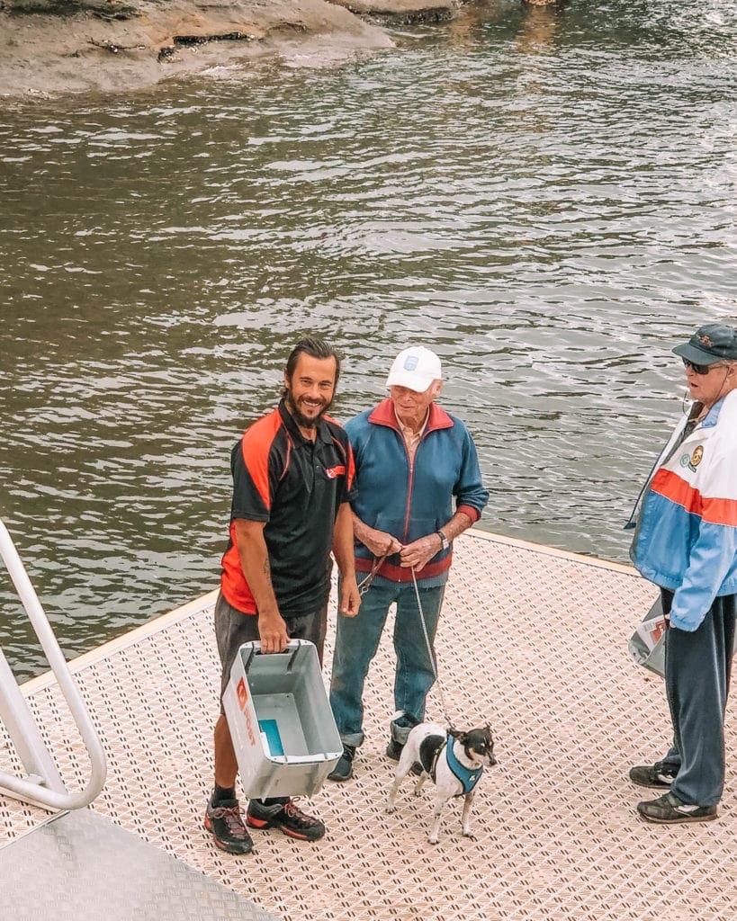 riverboat-postman-cruise-hawkesbury