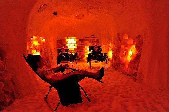 salt-caves-mooloolaba-day-spa