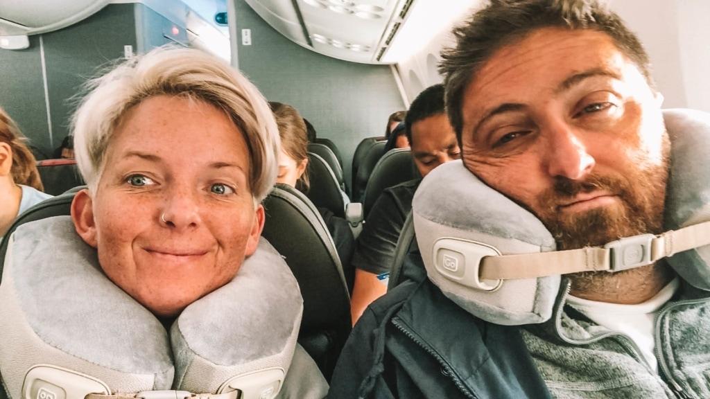 best-travel-pillow-for-long-flight