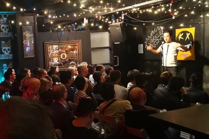 stand-up-comedy-in-sydney-at-night