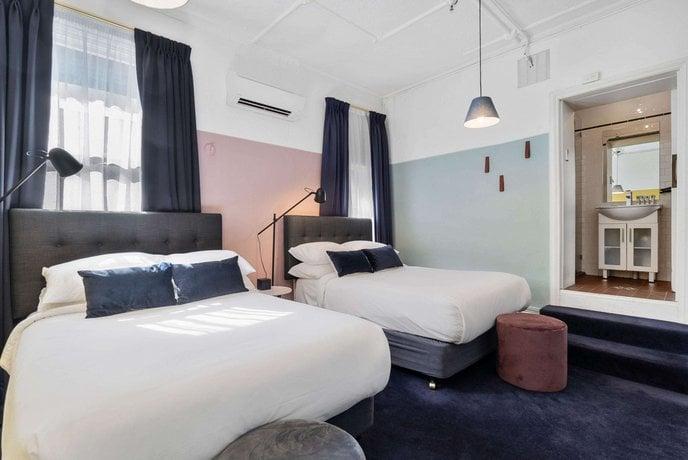 Hotel-harry-sydney