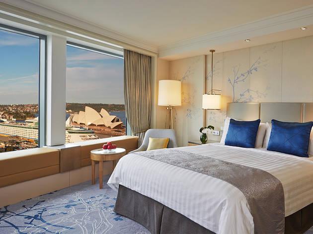 Shangri-La-Hotel-Sydney-CBD-Hotel