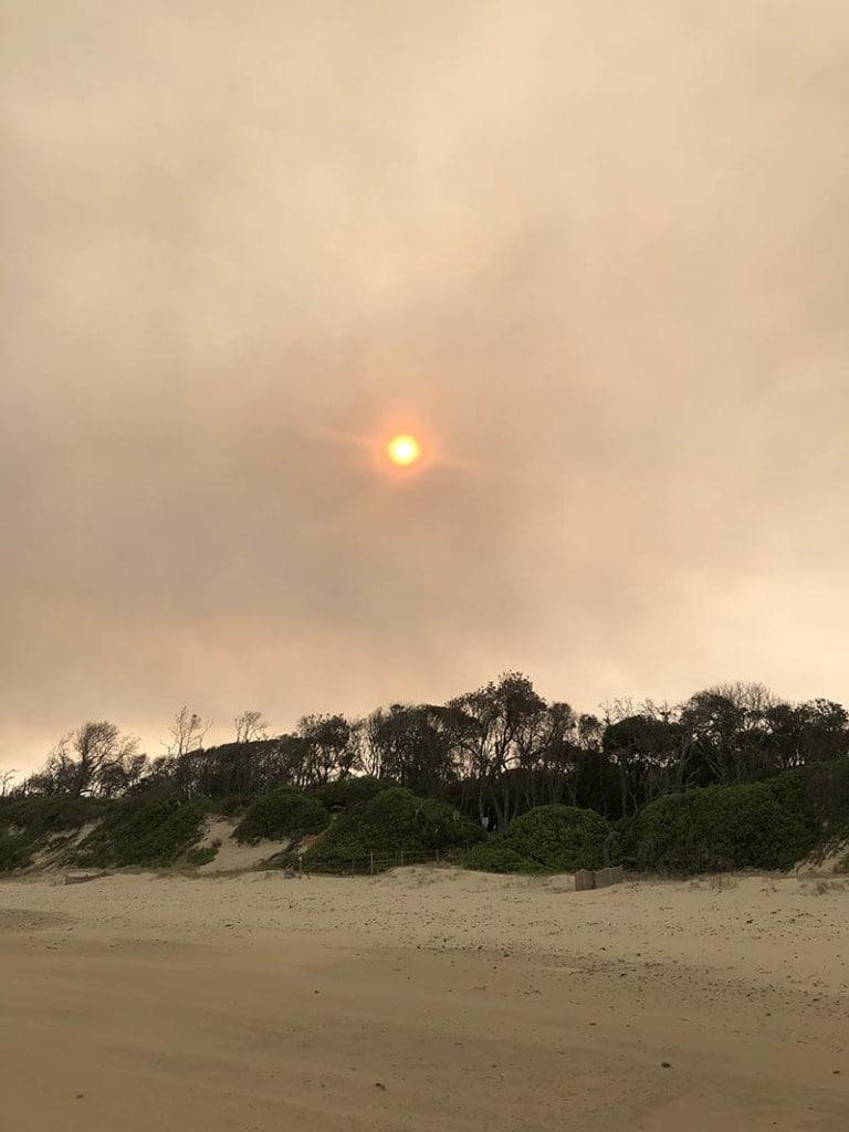 australian-bush-fire-old-bar-beach