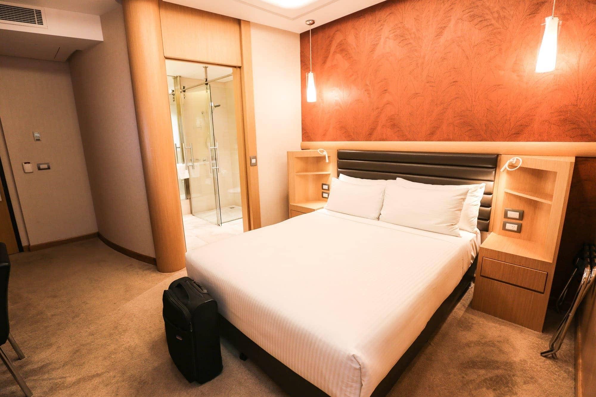 the-tank-steam-hotel-room-sydney