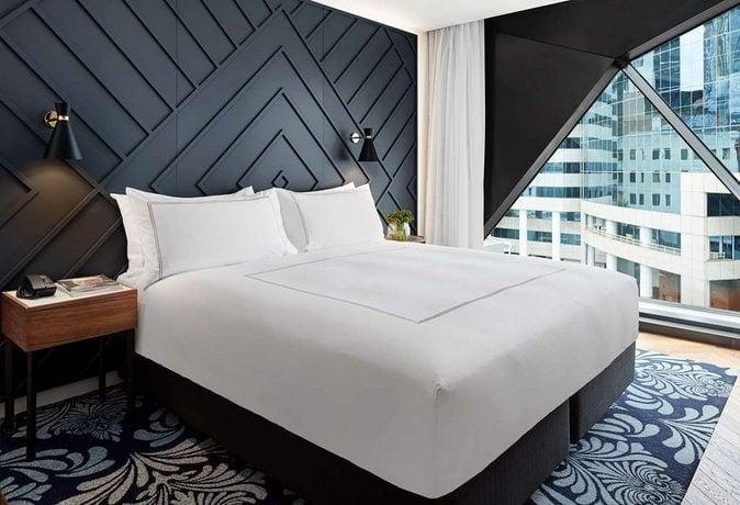 west-hotel-sydney-luxury-hotel-cbd