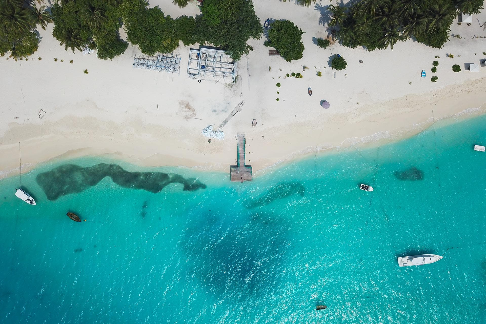 Fulidhoo-island-in-maldives