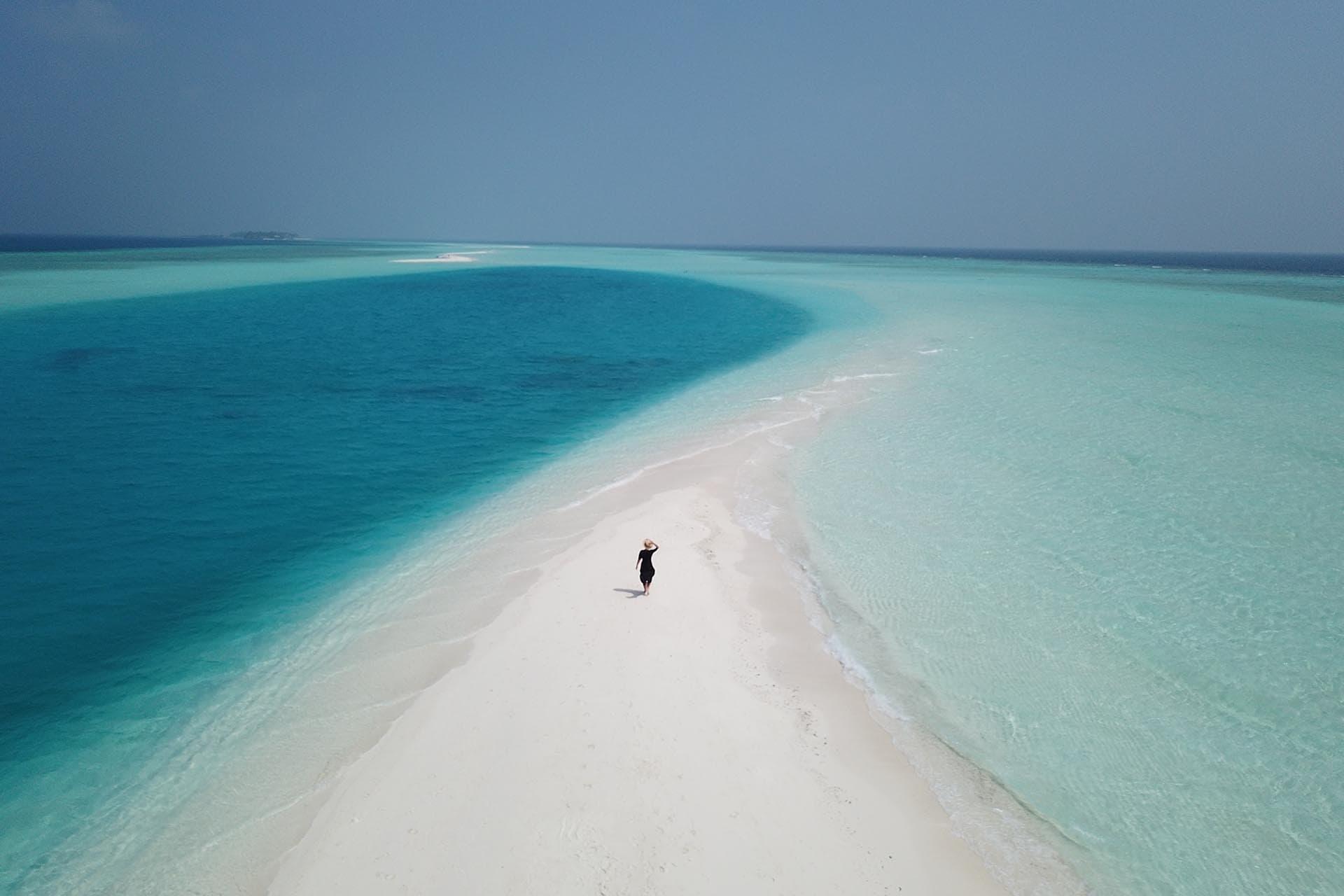 visiting-local-islands-in-maldives