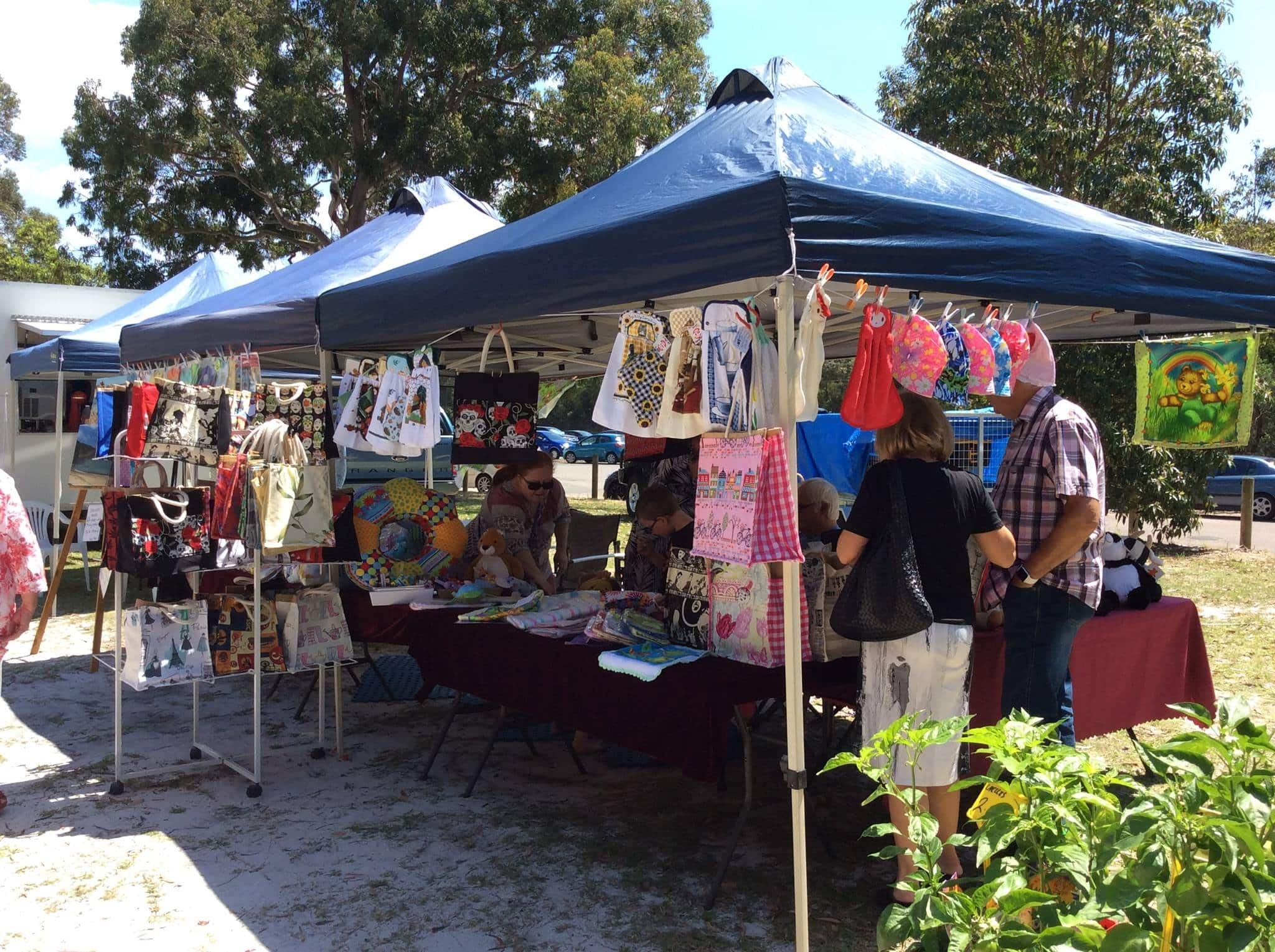This image has an empty alt attribute; its file name is tomaree-markets-port-stephens.jpg