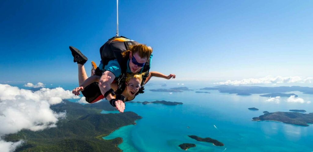airlie-beach-skydive-whitsunday-tours