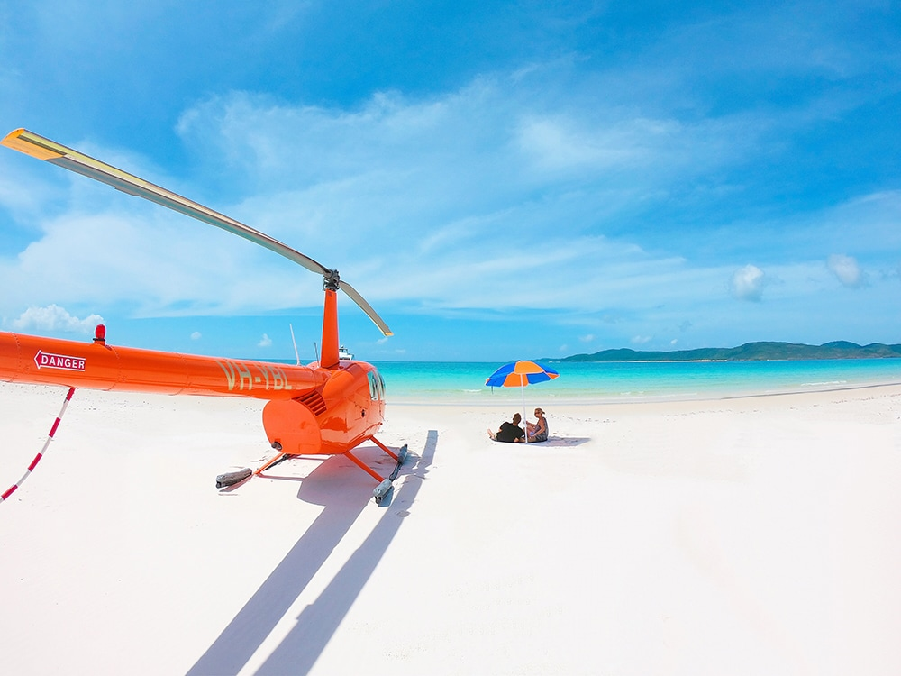 helicopter-flight-whitsundays-tours